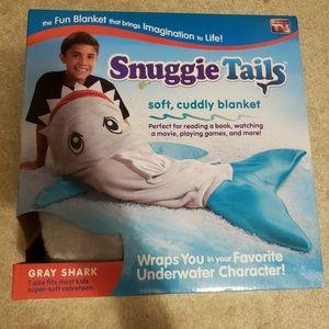 Kid snuggie tails